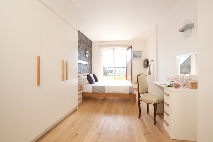 Wapping E1W: Stylish Wharf Flat 클래식스타일 주택 by Increation 클래식