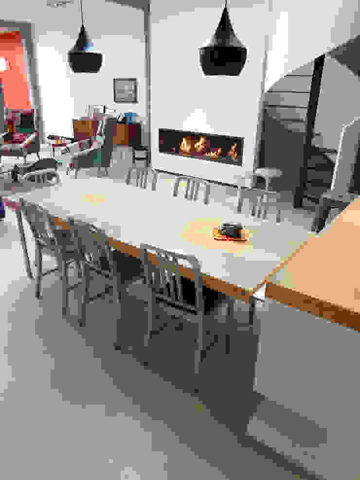 Loft Salle à manger industrielle par KJBI DECO Industriel