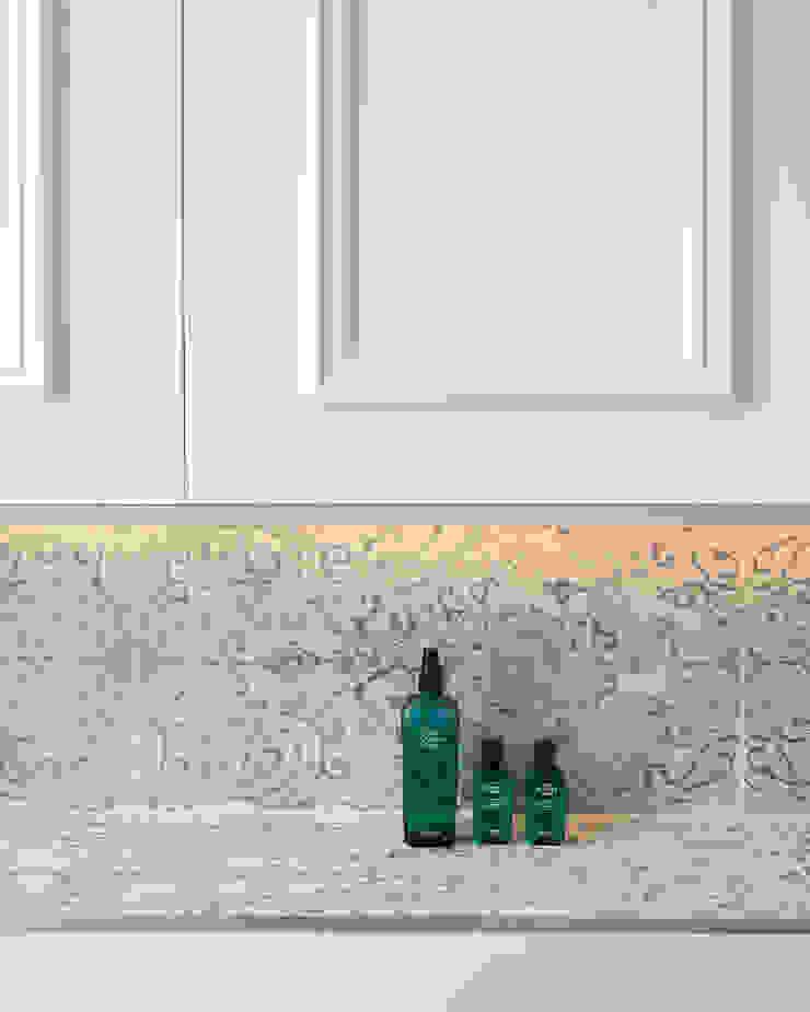 Oakhill Court, Putney Baños de estilo rústico de Ardesia Design Rústico