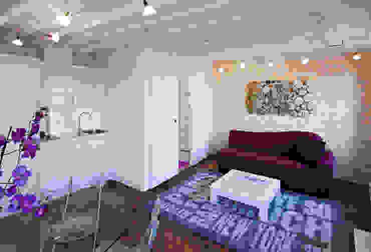 Salon, salle à manger et petite cuisine Salle à manger classique par Fables de murs Classique