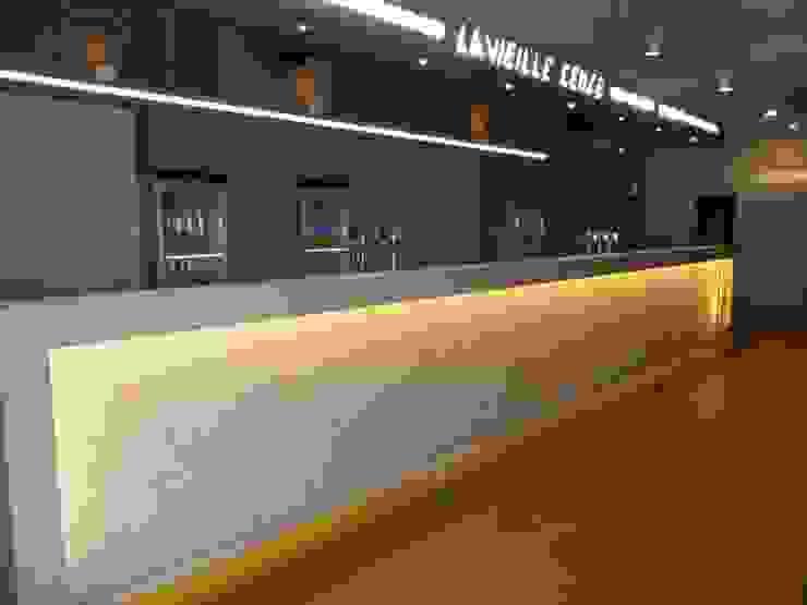 Nouveau bar en Mortex (enduit décoratif) Lieux d'événements classiques par SoDa créations pétillantes Classique