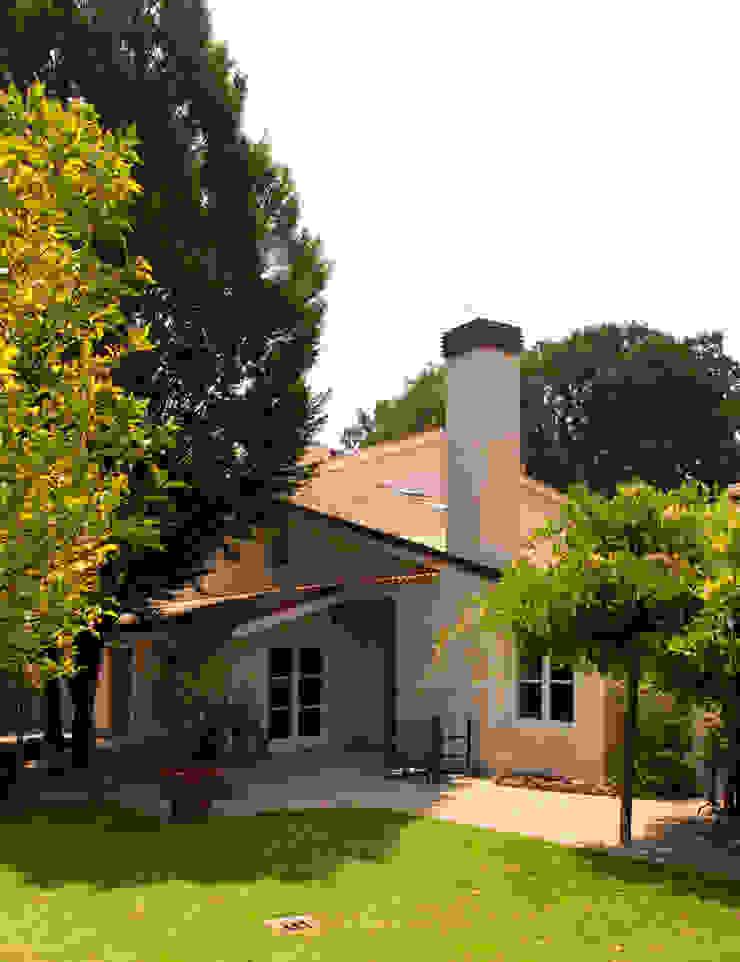 Villa Unifamiliare all'Olgiata Case classiche di LPA Classico