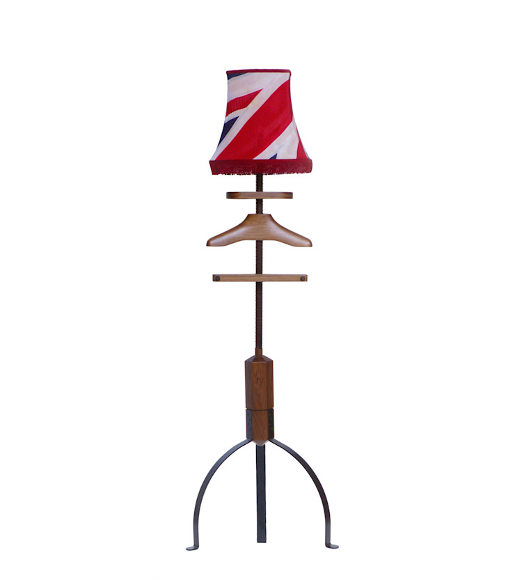 Standard Lamp Valet in walnut: eclectic  by Gentleman's Valet Company, Eclectic Wood Wood effect
