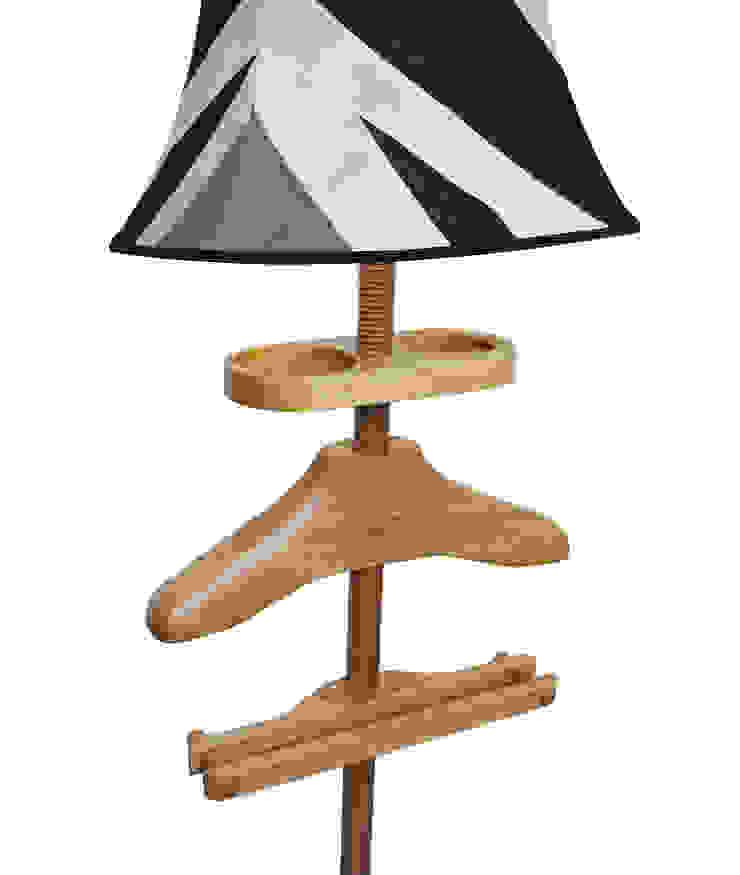 Standard Lamp Valet in oak: eclectic  by Gentleman's Valet Company, Eclectic