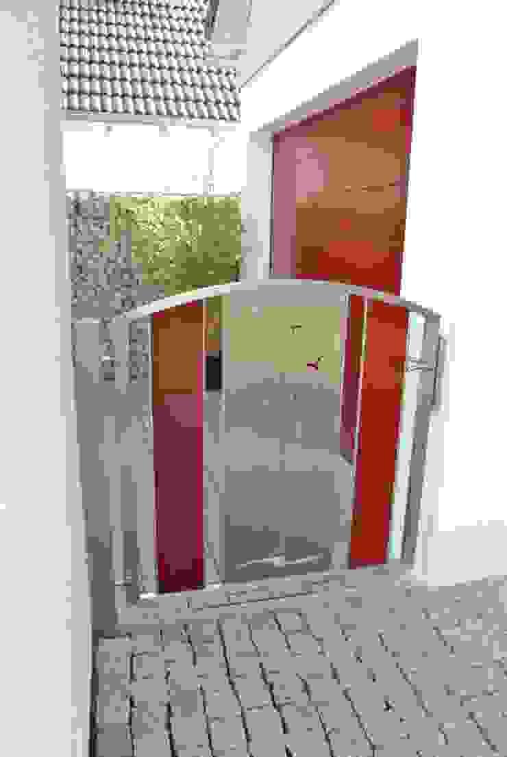 Edelstahl Gartentüre Moderner Garten von Edelstahl Atelier Crouse: Modern Metall