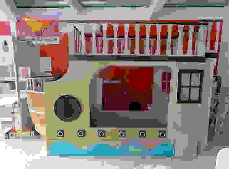 Litera triple de barco de Kids Wolrd- Recamaras Literas y Muebles para niños Clásico