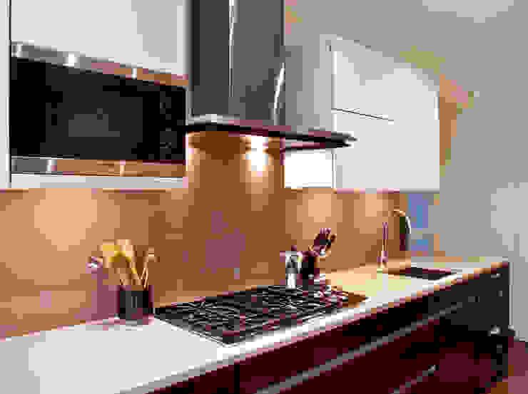 London Townhouse—Golders Green Modern kitchen by Eliska Design Associates Ltd. Modern