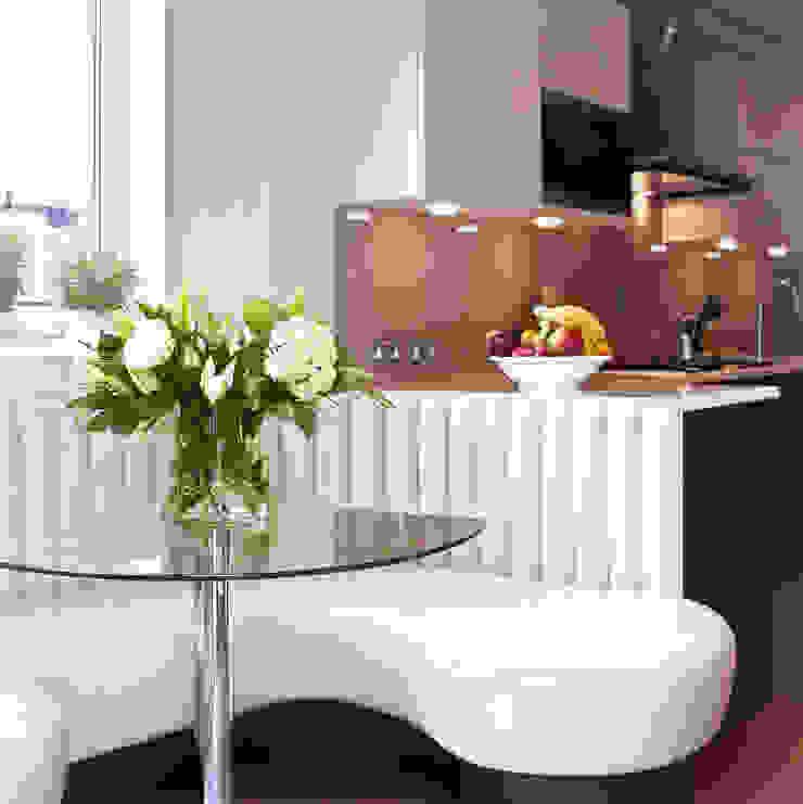 London Townhouse—Golders Green Modern balcony, veranda & terrace by Eliska Design Associates Ltd. Modern