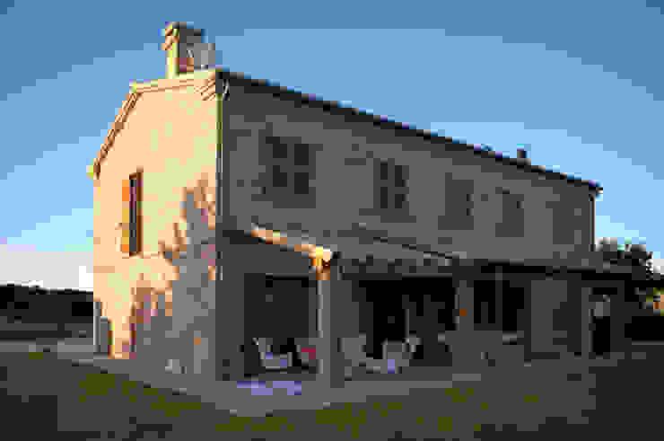 Klassische Häuser von LPA Klassisch