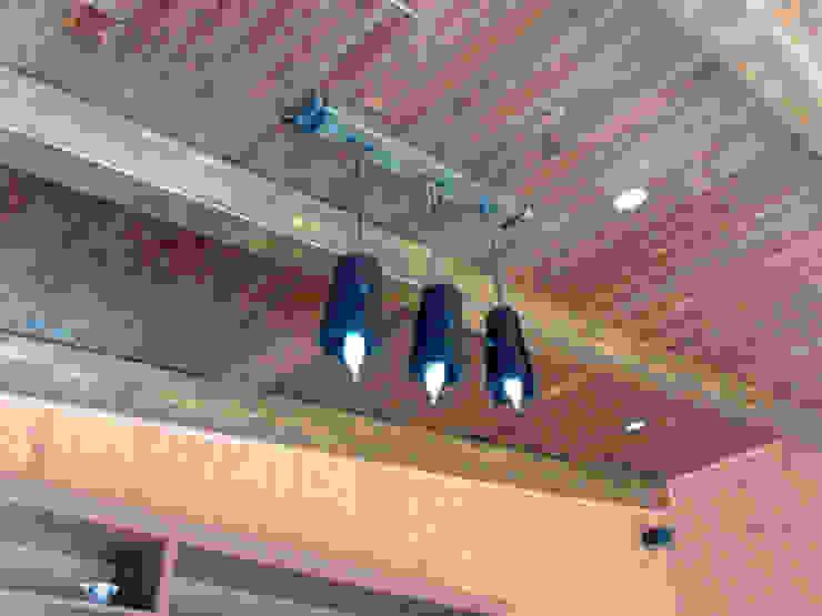 Lámparas rústicas y artículos de decoración en forja. Bares y clubs de estilo rústico de RUSTILUZ Rústico