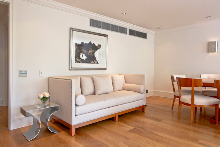 Craven Hill Gardens, Apartment Living room by Eliska Design Associates Ltd.