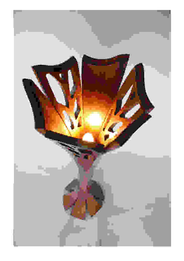Cooper's Bloom standard lamp: modern  by Tom Cooper Fine Furniture, Modern