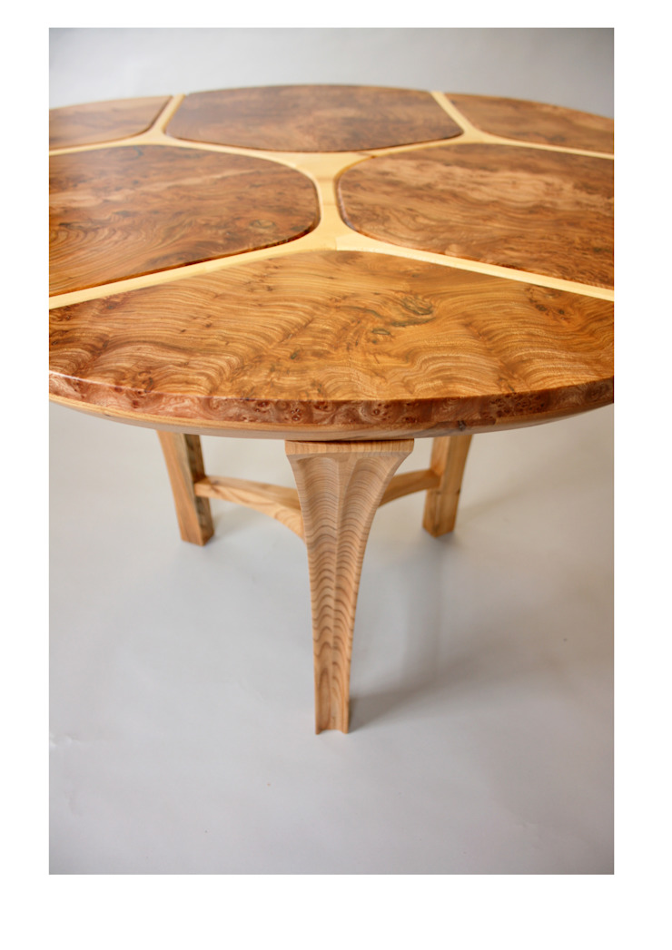 Trinity dining table par Tom Cooper Fine Furniture