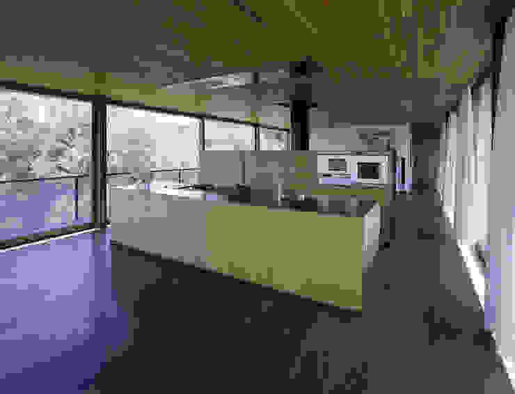 Haus B Moderne Küchen von Dietrich | Untertrifaller Architekten ZT GmbH Modern