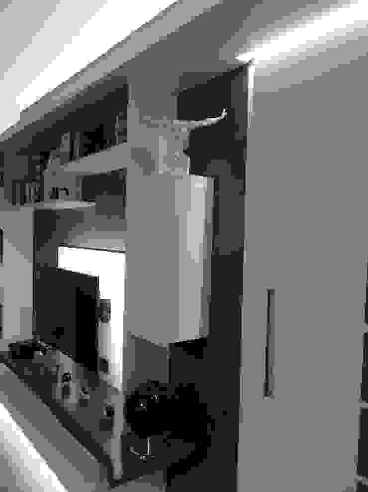 mii appartamento Soggiorno moderno di linea contemporanea home Moderno