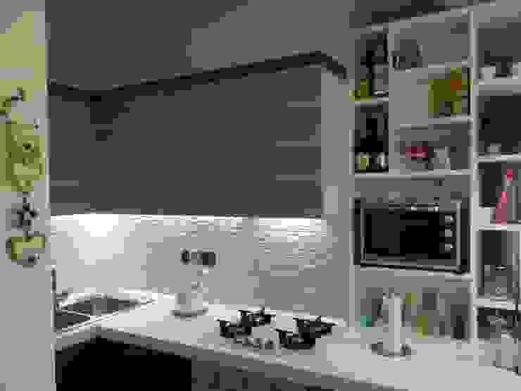 mii appartamento Cucina moderna di linea contemporanea home Moderno