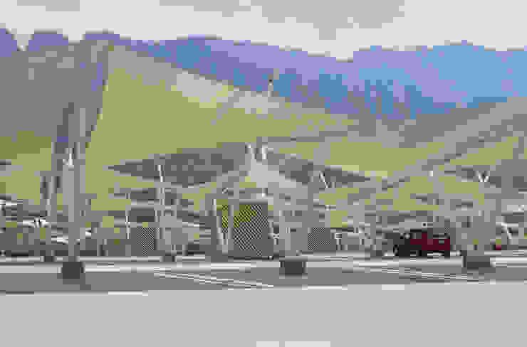 Modelo Hypar Wave Centros comerciales de estilo moderno de Velarium Shadeports Moderno