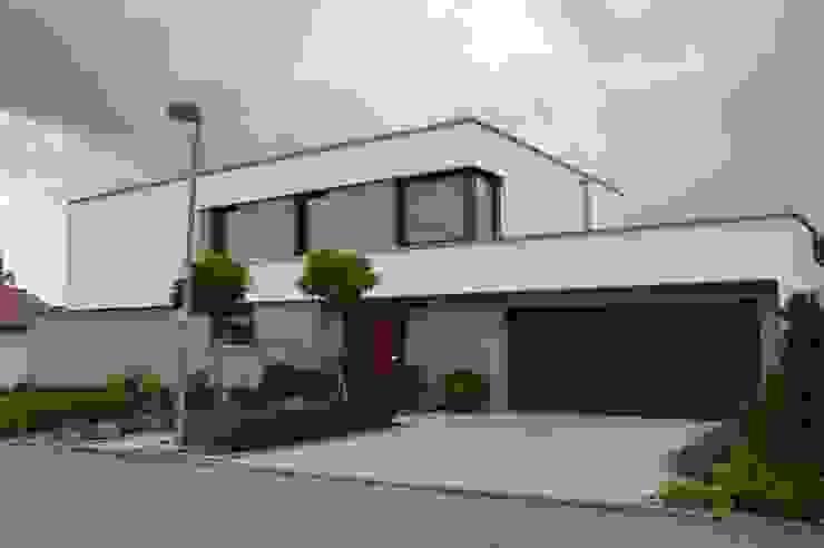 Einfamilienhaus in Aalen Moderne Häuser von Architekturbüro Kais und Kais GmbH Modern