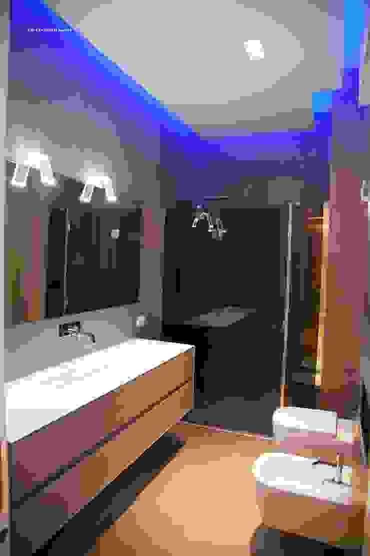 G/G associati studio di ingegneria e architettura _ing.r.guglielmi_arch.a.grossi Salle de bain moderne