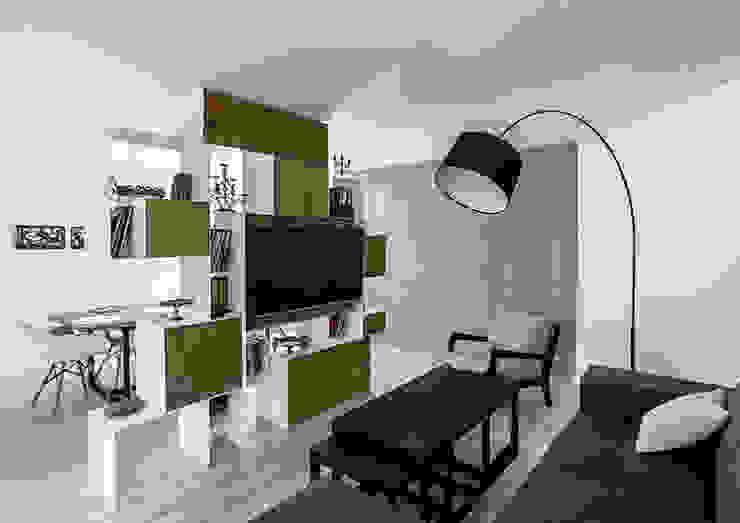 Ruang Keluarga Modern Oleh grupa KMK sp. z o.o Modern