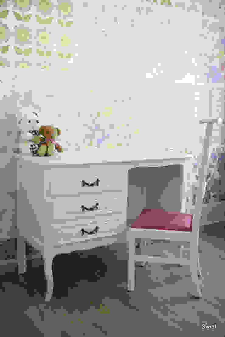 Brocante bureau in een modern jasje van Swiet Rustiek & Brocante