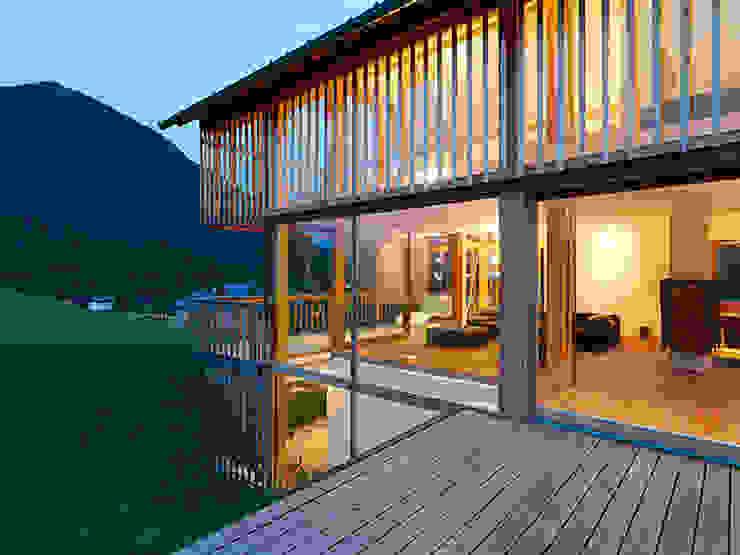 Puertas y ventanas eclécticas de KAPO Fenster und Türen GmbH Ecléctico