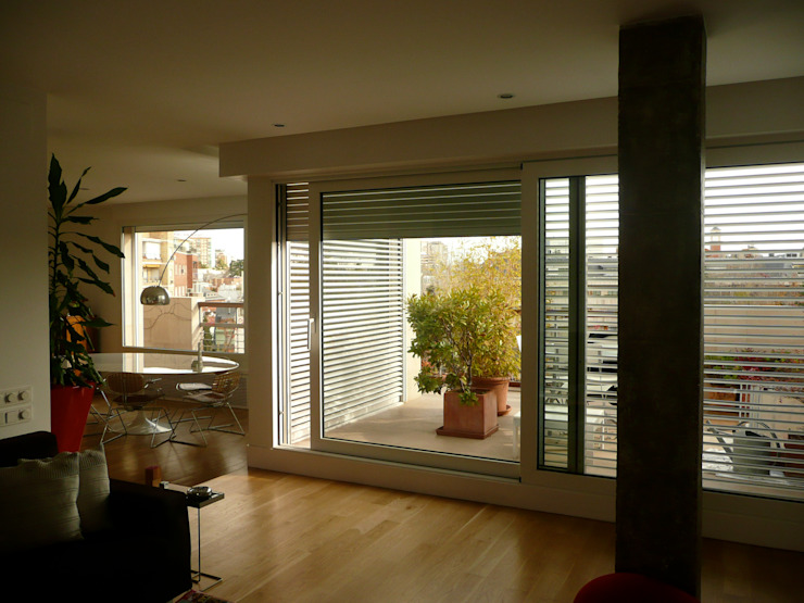 Maroto e Ibañez Arquitectos Minimalist dining room