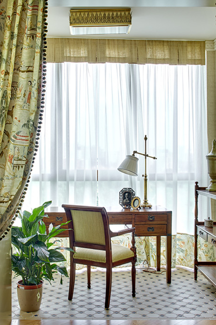 Мечта аристократа Рабочий кабинет в классическом стиле от VVDesign Классический