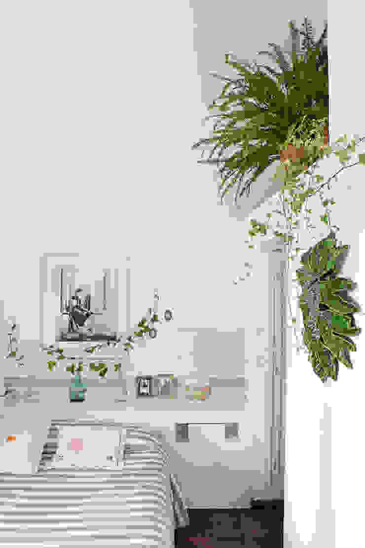 Mediterranean style bedroom by Casa Josephine Mediterranean
