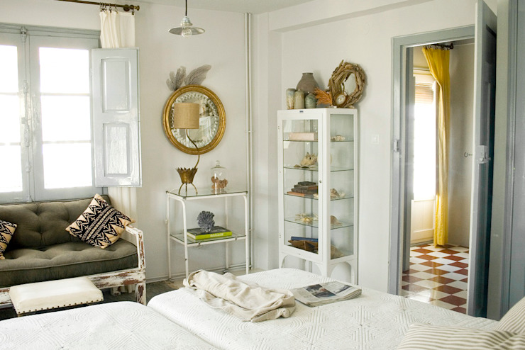 Bedroom by Casa Josephine, Mediterranean