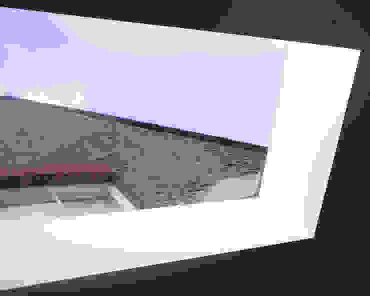 Skylight, Detail Minimal style window and door by Francesco Pierazzi Architects Minimalist