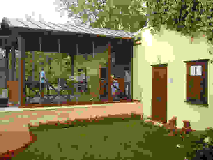 Varandas, alpendres e terraços modernos por AR-ES MİMARLIK TİCARET LTD STİ Moderno