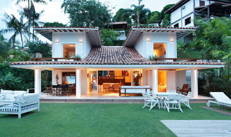 Country style houses by Escala Arquitetura Country