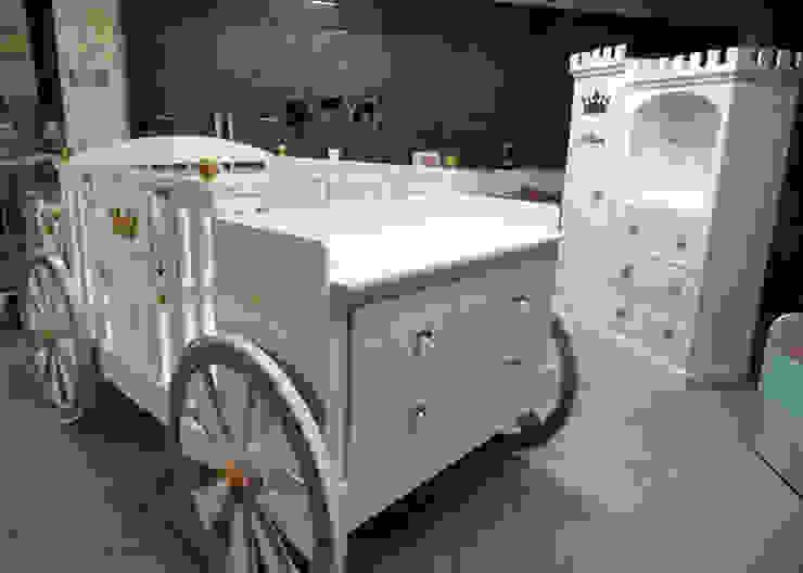 Bellisima carroza-cuna de camas y literas infantiles kids world Clásico