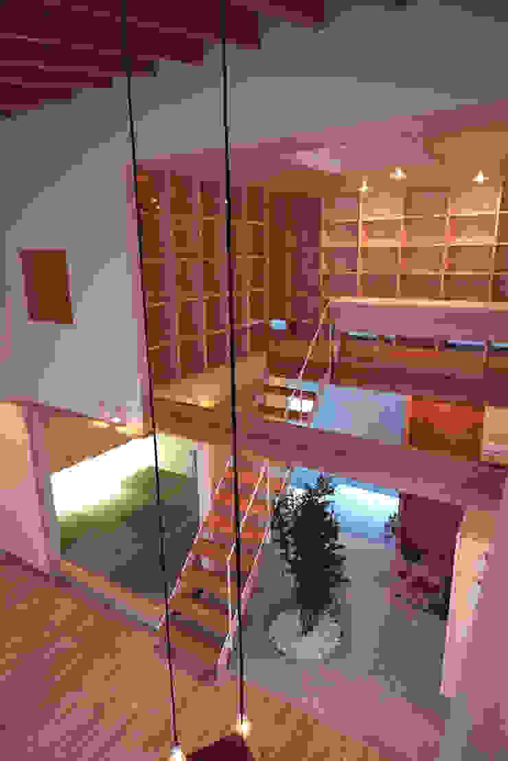 seep out モダンデザインの 多目的室 の 建築設計事務所SAI工房 モダン