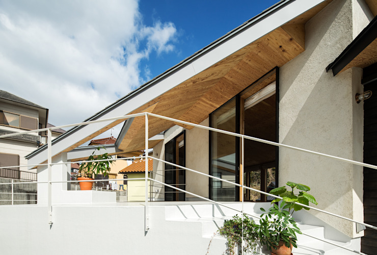 ASSY: 建築設計事務所SAI工房が手掛けたテラス・ベランダです。,モダン