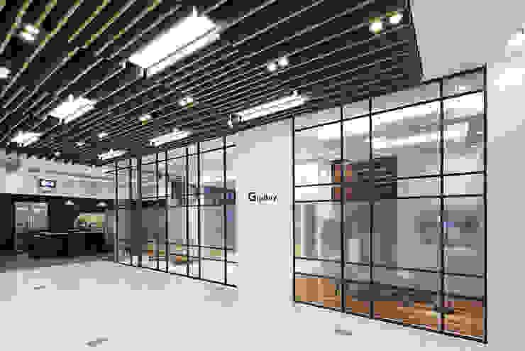 LG bestshop Flagship store Renewal 2015, Gangnam, Seoul, Korea by Design Solution 모던
