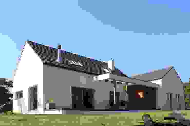 Dom w Rybojedzku Nowoczesne domy od Piechnik Architekci Nowoczesny