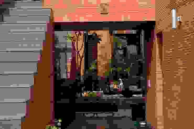 T House by Kumar Moorthy & Associates