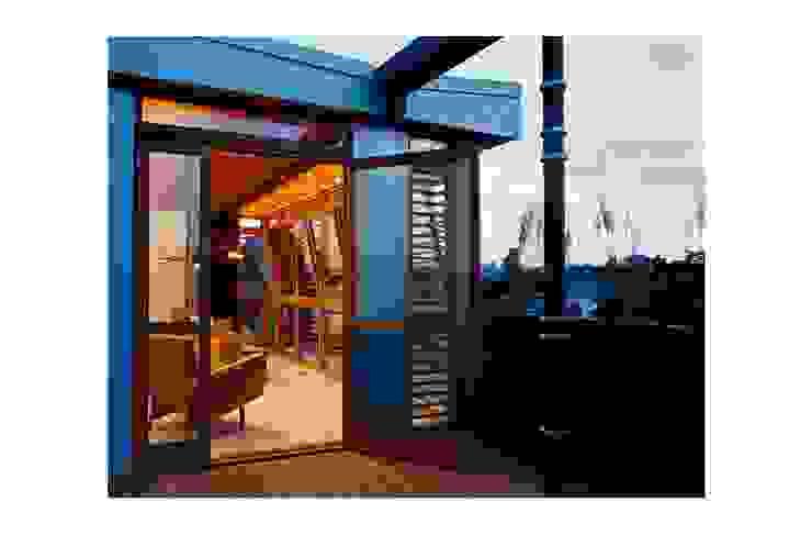 Zbigniew Winiarczyk Modern balcony, veranda & terrace