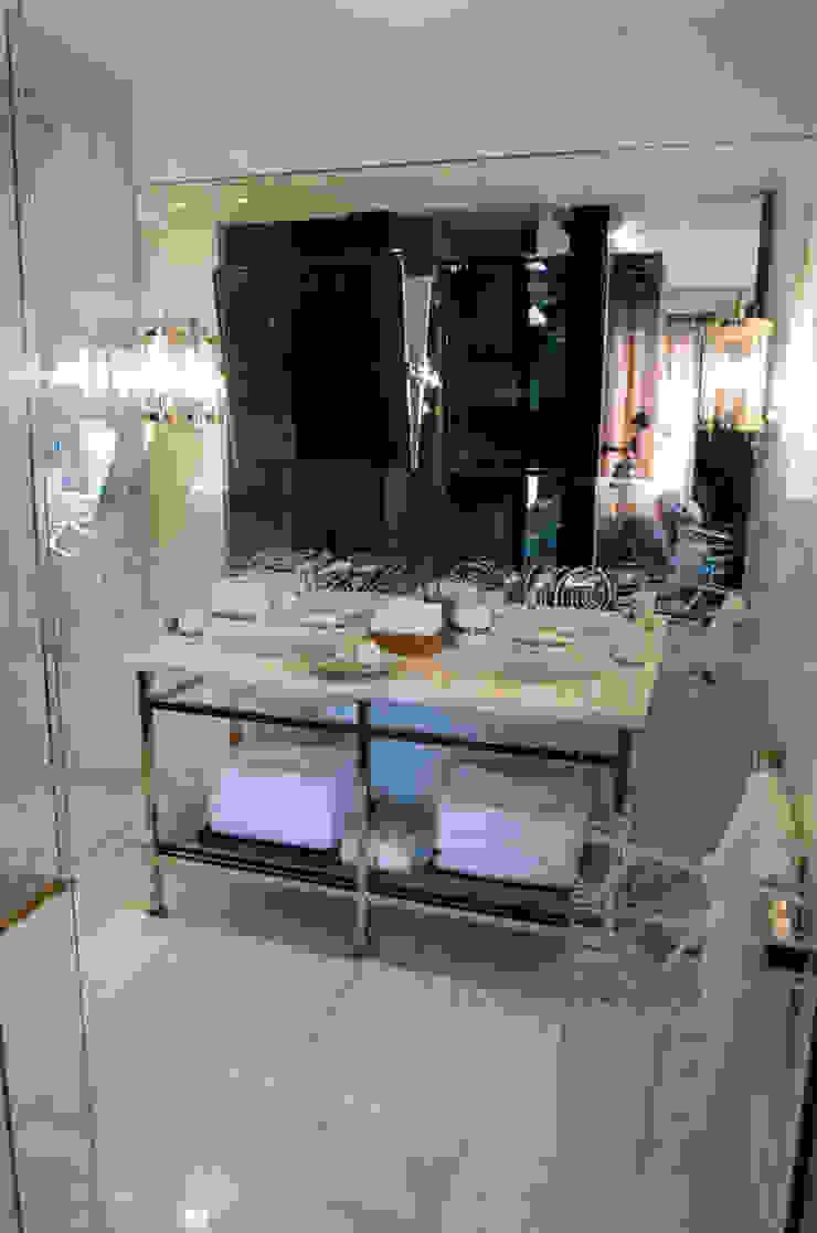 Ривьера Ванная в классическом стиле от DecorAndDesign Классический