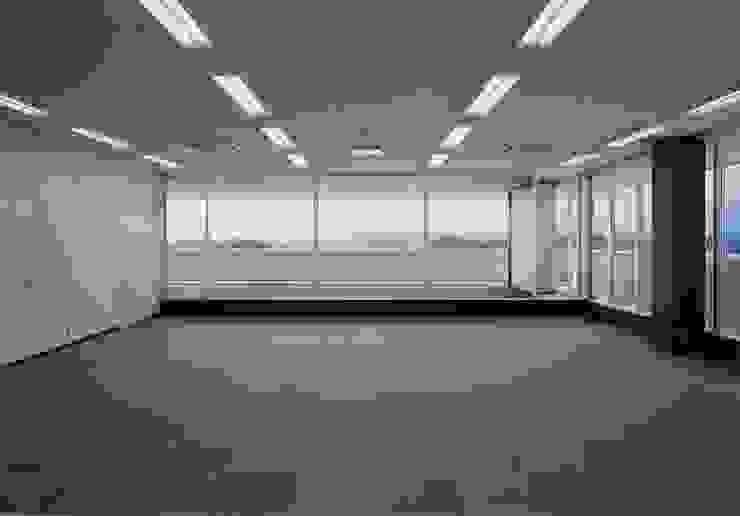 3階 多目的室 の 株式会社IMOデザイン オリジナル