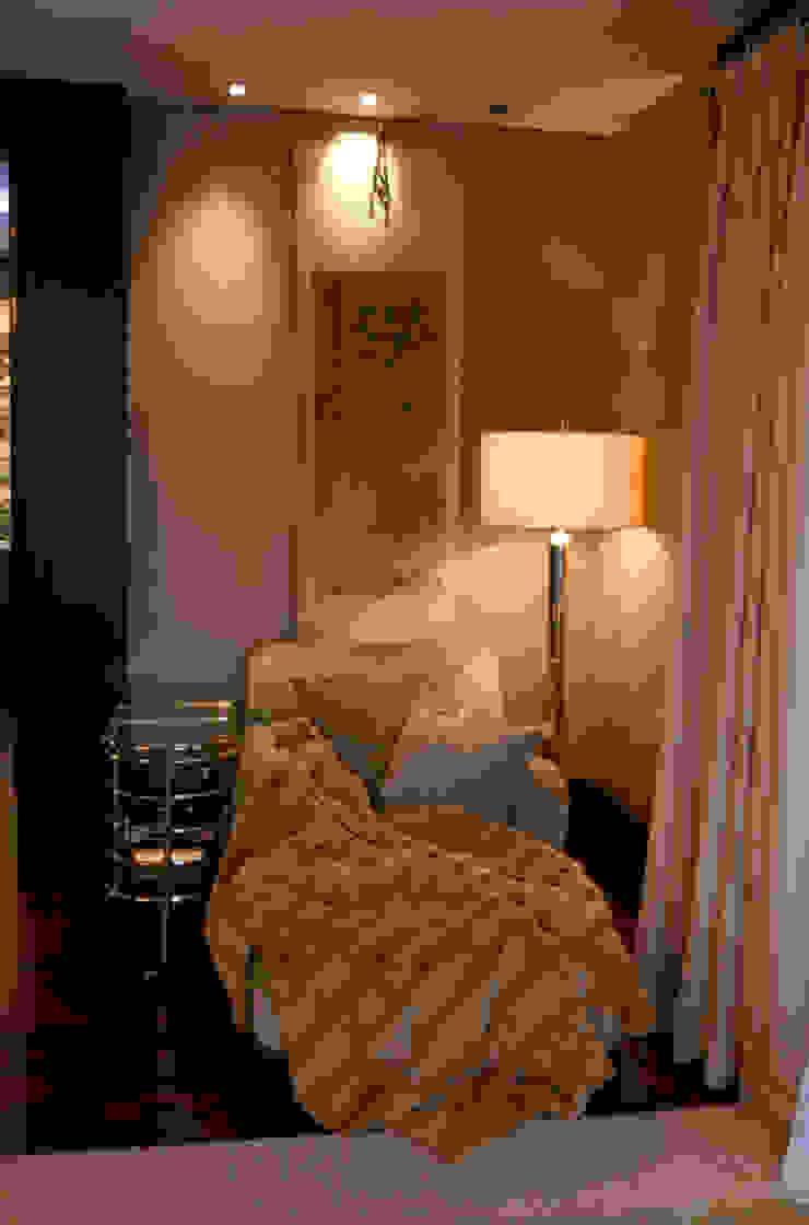 Ривьера Спальня в классическом стиле от DecorAndDesign Классический