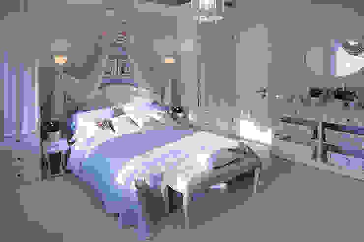 Гринфилд Спальня в классическом стиле от DecorAndDesign Классический