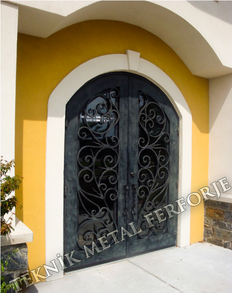 Classic windows & doors by Teknik Metal Ferforje Classic