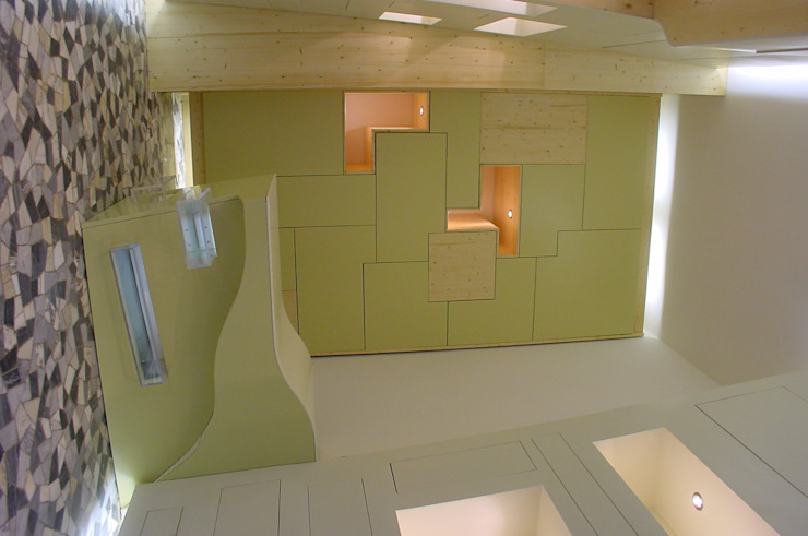 Santiquattro 2007 Negozi & Locali commerciali in stile eclettico di Studio Romoli Architetti Eclettico