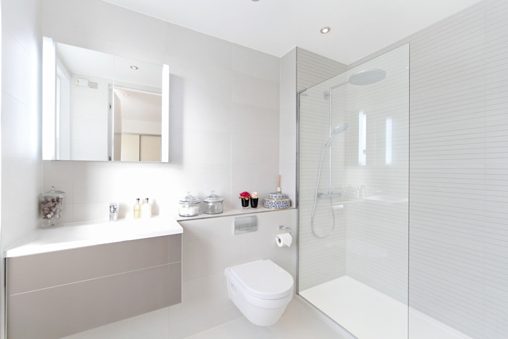 City appartment Salle de bain moderne par Hampstead Design Hub Moderne