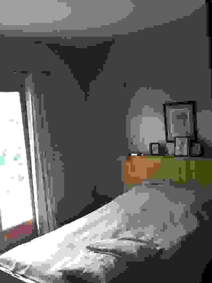 Suite parentale: cghmabre Chambre moderne par DK2DECO Moderne