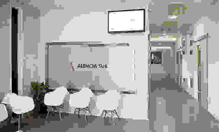 Diseño Oficinas y tiendas de estilo moderno de Coup de Grâce design & events Moderno