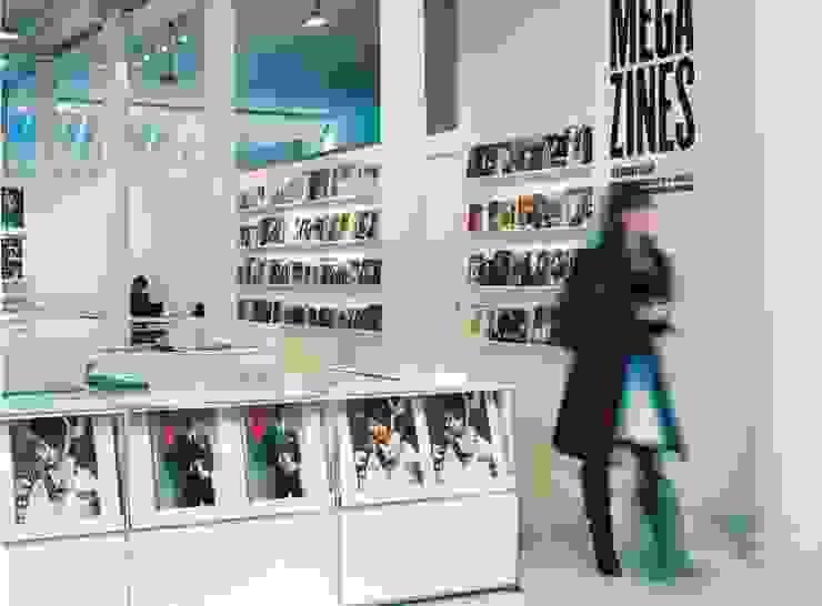 Musées modernes par homify Moderne